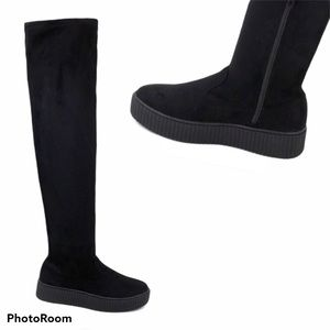 NEW Olivia Miller Holbrook over knee sneaker boots